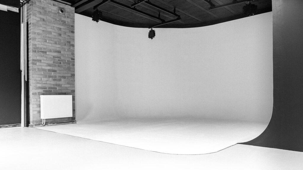 cyklorama w profesjonalnym studio fotograficznym